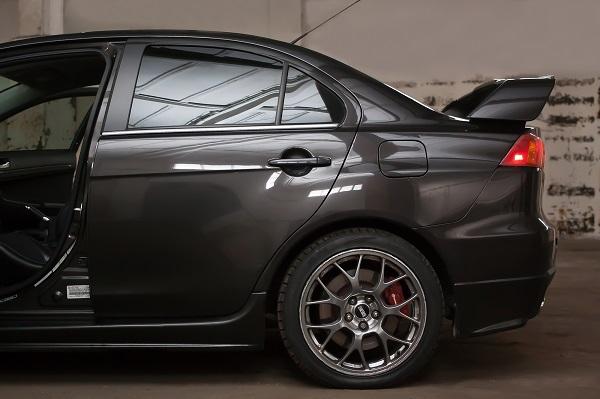 classycar_wynajem_wypożyczalnia_samochodów_mitsubishi_lancer_evolution_evo_limited_edition_2