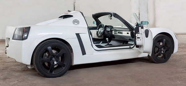 classycar_wynajem_wypożyczalnia_samochodów_opel_speedster_1